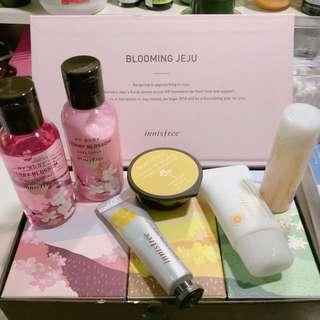 Innisfree Blooming Jeju Kit