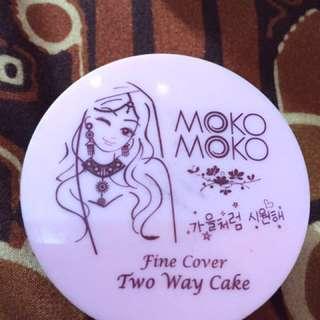 Moko Moko Two Way Cake Powder