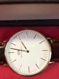 daniel wellington slightly used watch