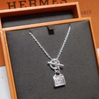 Hermes Silver Kelly Necklace, Full set with copy receipt