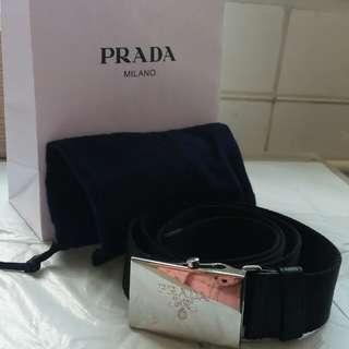 Prada男裝皮帶(里龍質料)送匙扣