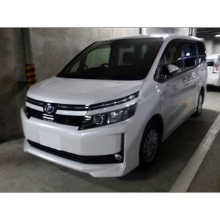 Toyota Voxy Hybrid 1.8x (7 Seater)