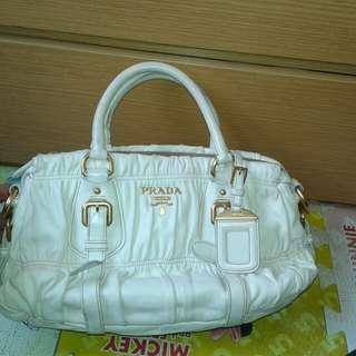 Prada bag no sling