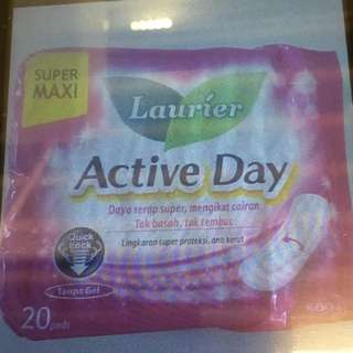 Laurier Active Day Sanitary Pads