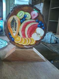 Customized log slices w/ stand