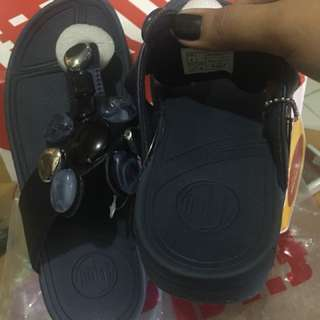 Overrun fitflop on hand UK37 US6 and UK38 US7