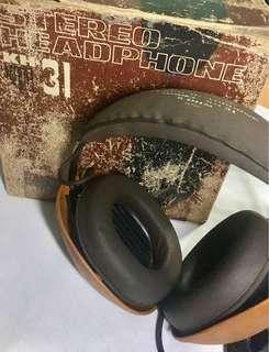 Vintage Head phones
