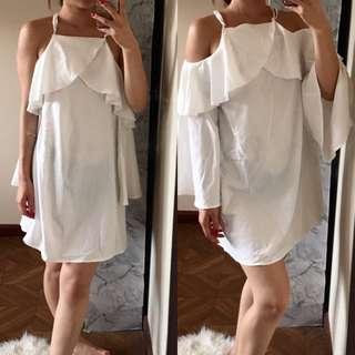 Long sleeve white ruffle dress size 8-10 - wear it 3 ways!