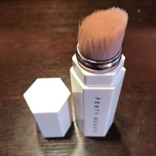 Authentic FENTY Highlighter Brush