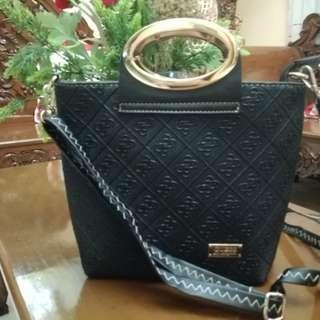 Guess handbag 2in1 sling bag