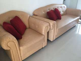 Sofa Set 3 / 1 + Meja + Bantal 4 warna Cream
