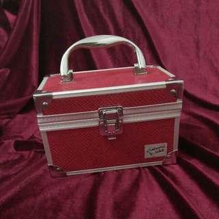 MASAMI SHOUKO Melissa Mini Makeup Case - RED