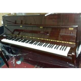 M110 Yamaha Piano Japan #999