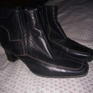 prelove boots for women