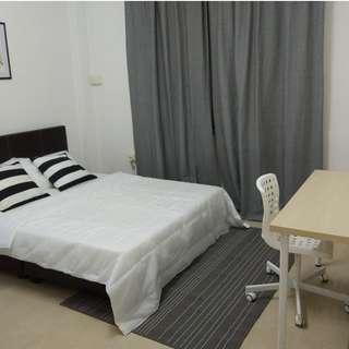 Near Novena MRT Double Room for Rent