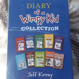 Diary of a Wimpy Kid Set of 10 by Jeff Kinney