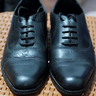 Sepatu Formal Oxford Dress Shoes Cap Toe Hitam