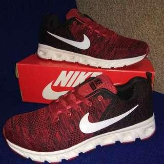 Nike running maroon original import baru (43)