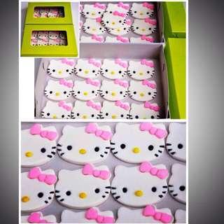 Edible Hello Kitty Cupcake Topper