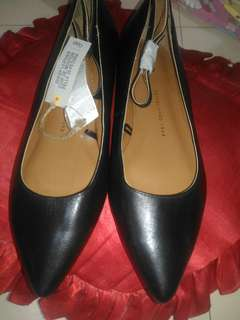Gap Sheep Leather Flats