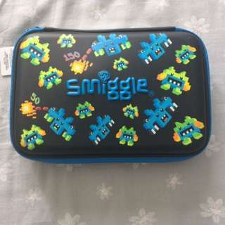 Smiggle Magicool Hardtop Pencil Case (Gift Set)
