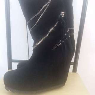 Boots (Black)