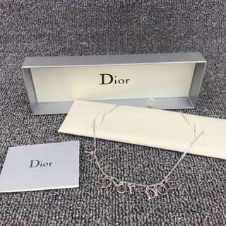 Dior頸鏈
