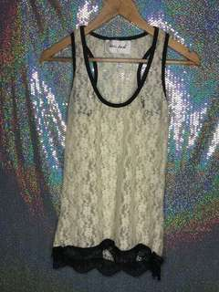 Lace tank top broken white