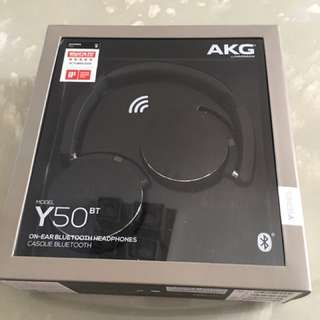 BNIB AKG Y50BT on Ear Bluetooth Headphone