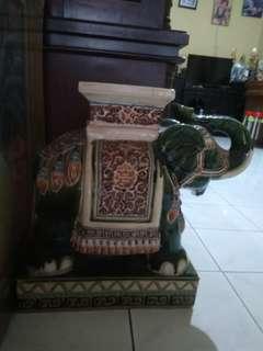 Pajangan Gajah keramik #UBL2018