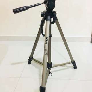Nikon N70 Tripod for DSLR