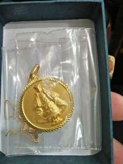 Medallion Sto.  Nino 5.57grams
