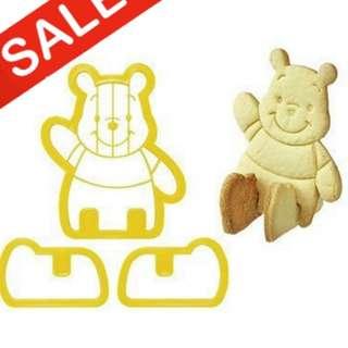 cetakan kue biskuit bentuk winnie the pooh mickey mouse lucu