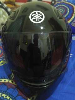 Helm Yamaha R15