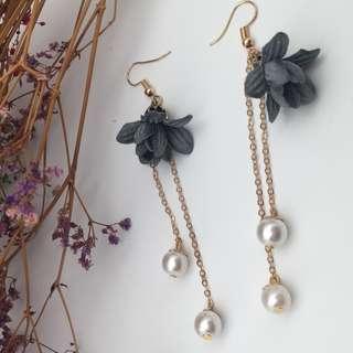 Pearl Flower Earring