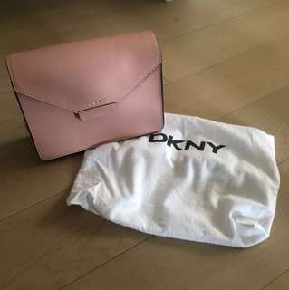 DKNY粉紅手袋