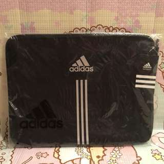 Adidas 16 inch notebook case 電腦袋