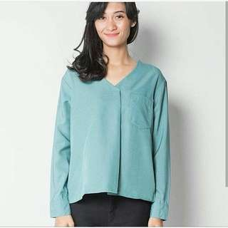 NEW SISCA V BLOUSE