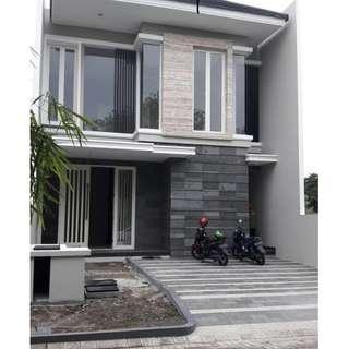 Dijual Rumah Minimalis Baru Gress di Pakuwon City