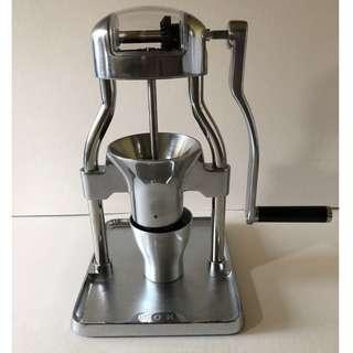 [Brand New] ROK Coffee Grinder