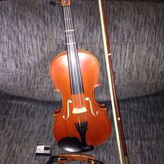 Made wholly in France Leon Aubert Violin 🎻 + Accessories