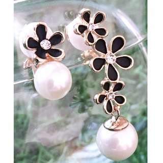 【夾式耳環】呢喃花語(高貴金邊小花+白珍珠)