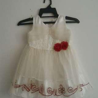 Girl Dress / white gown