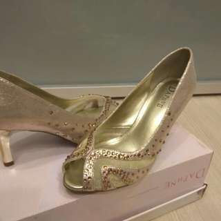 Daphne達芙妮金色鏤空魚口鞋