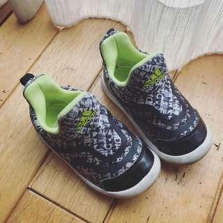 🚚 日版 Adidas 愛迪達 球鞋 二手童鞋 (13公分)