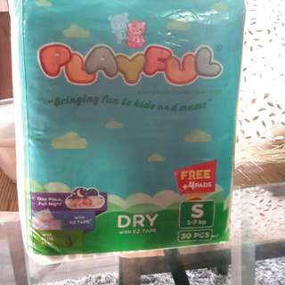Baby Steps Playful Diaper (Small)@ 6php per piece