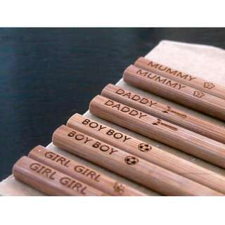 🚚 Personalised Wooden Chopsticks