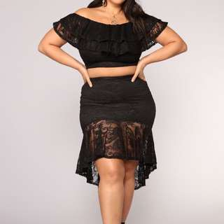 XL-XXL Lace Top & Skirt Set