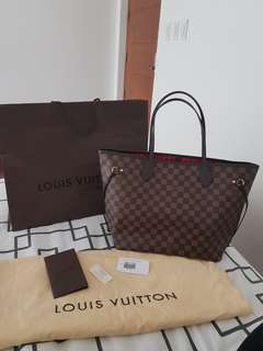 Authentic Louis Vuitton Neverfull MM in Ebene