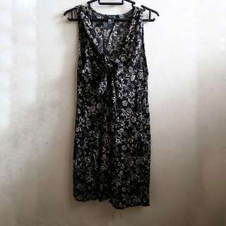 Forever 21 Front Tie Black Floral Dress